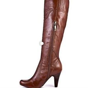 "NWOT Guess ""Pozina"" Boots - Size 6.5M"